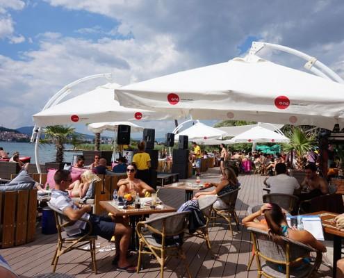 Sommerferie i Makedonien På byens hotteste strandcafe ved Ohridsøen
