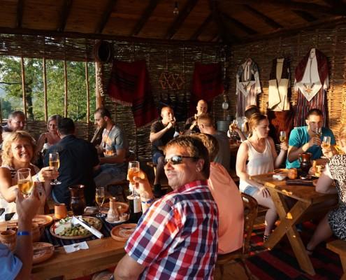 Sommerferie i Makedonien Vinsmagning med fantastisk søudsigt i Ohrid