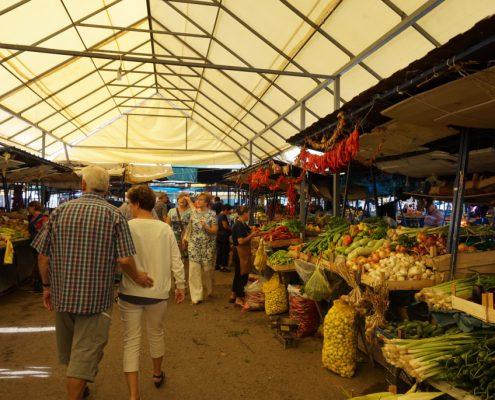 Basar markedsdag i Ohrid Makedonien