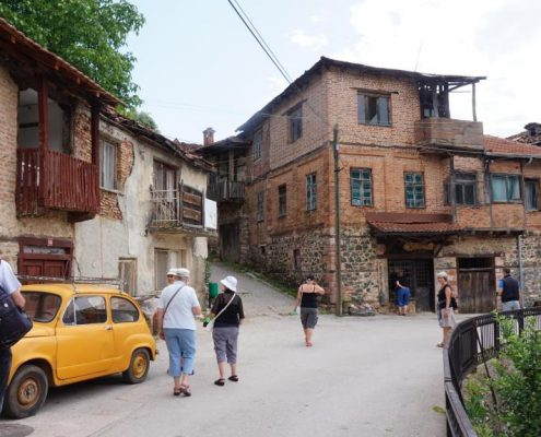 På landsbyudflugt i Vevchani Makedonien